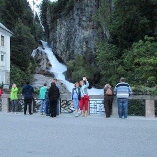 1.vakars Bad Gasteinā pie pilsētas ūdenskrituma